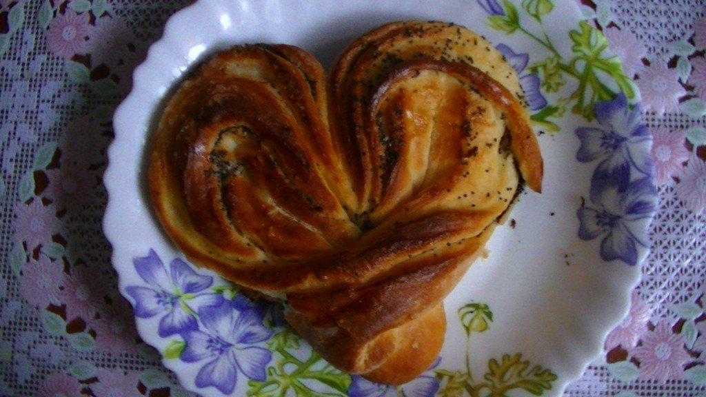 Как сделать сердечки булочки в фото