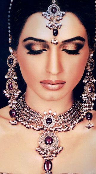 Как красят губы современные индианки фото 236-363