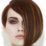 Как сделать прическу на короткие волосы?