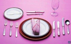 Как правильно подавать кушанья гостям 2