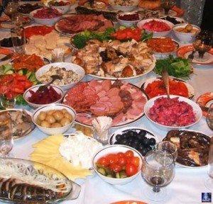 Как правильно подавать кушанья гостям 3